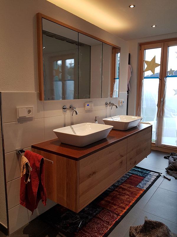 Waschtisch Unterschrank mit Spiegelschrank - Schreinerei Bergmann - Küssaberg-Kadelburg