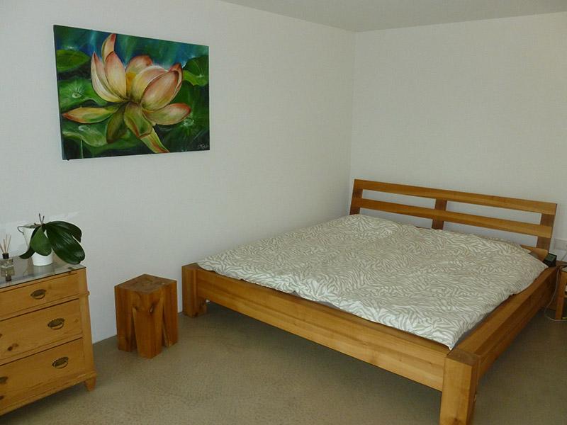 Referenz Bett in Kirschbaum - Schreinerei Bergmann - Küssaberg-Kadelburg
