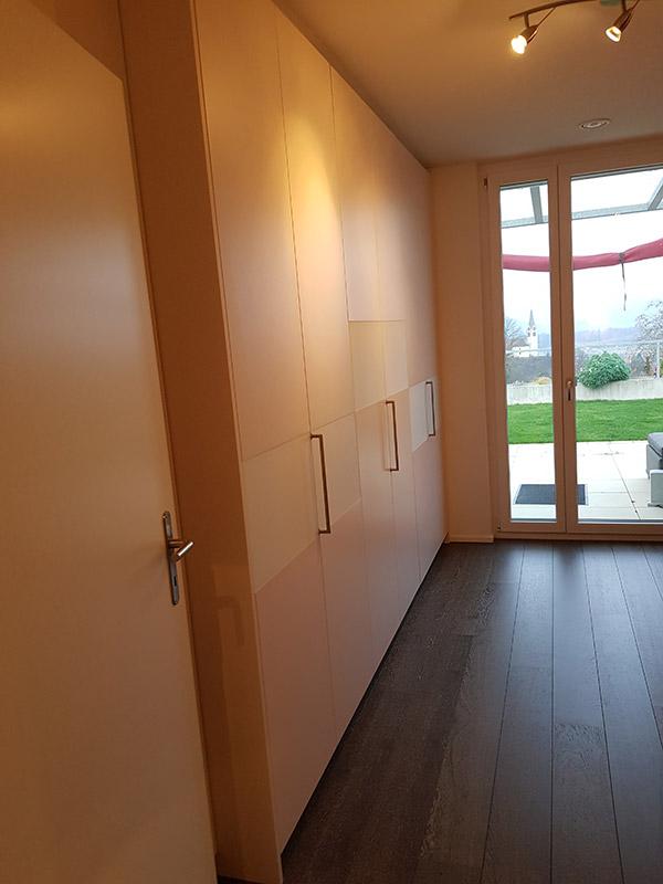 Referenz Kleiderschrank mit Falttüren - Schreinerei Bergmann - Küssaberg-Kadelburg